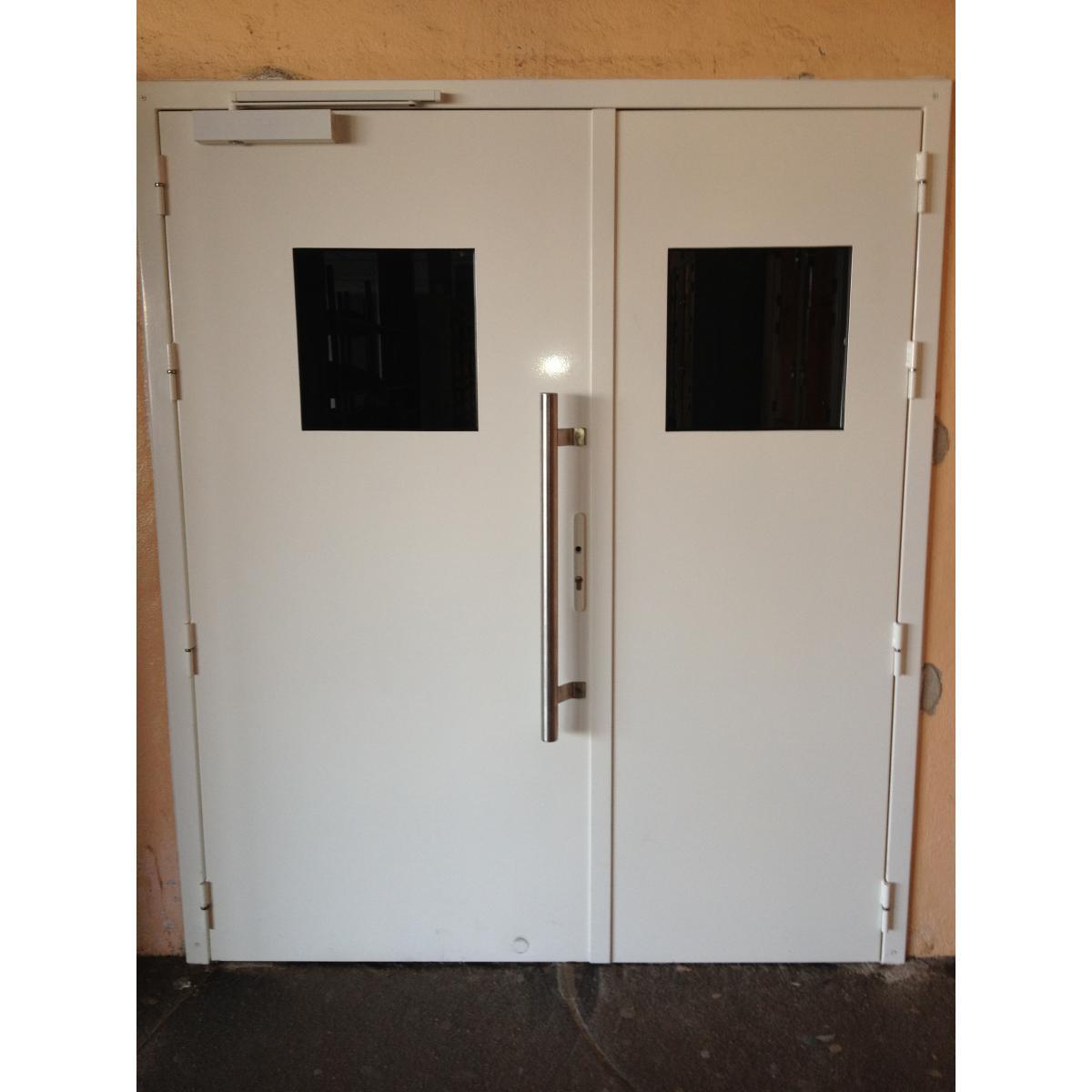 Porte 2 vantaux avec occullus<br>