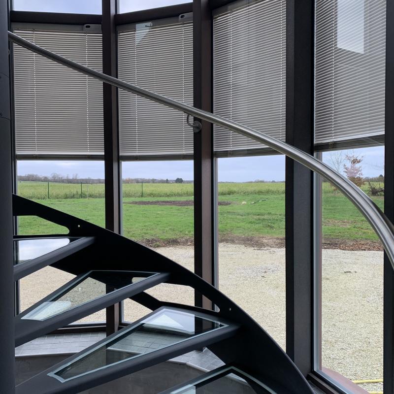 Escalier Métal et Verre réalisé par la Métallerie AMCI<br>